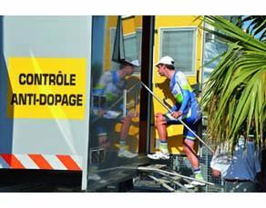 Une cabine de contrôle anti-dopage sur le Tour de France