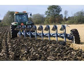 L'effet du travail mécanique du sol par labourage profond