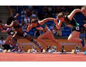 Coureuses dans les starting block